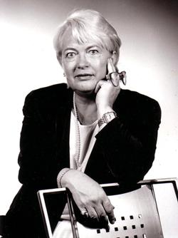 Eva-Maria Palmer, hand reader (Handleserin) - Niederrad/Frankfurt, GER
